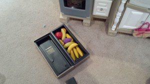 Yes, The Glenmorangie 18 is storing necessary fruits and vegetables.