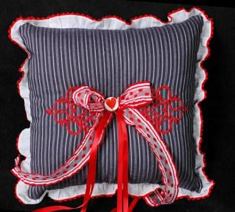 Ring Pillow 2009
