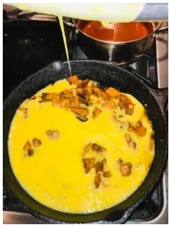 fritata starting to cook