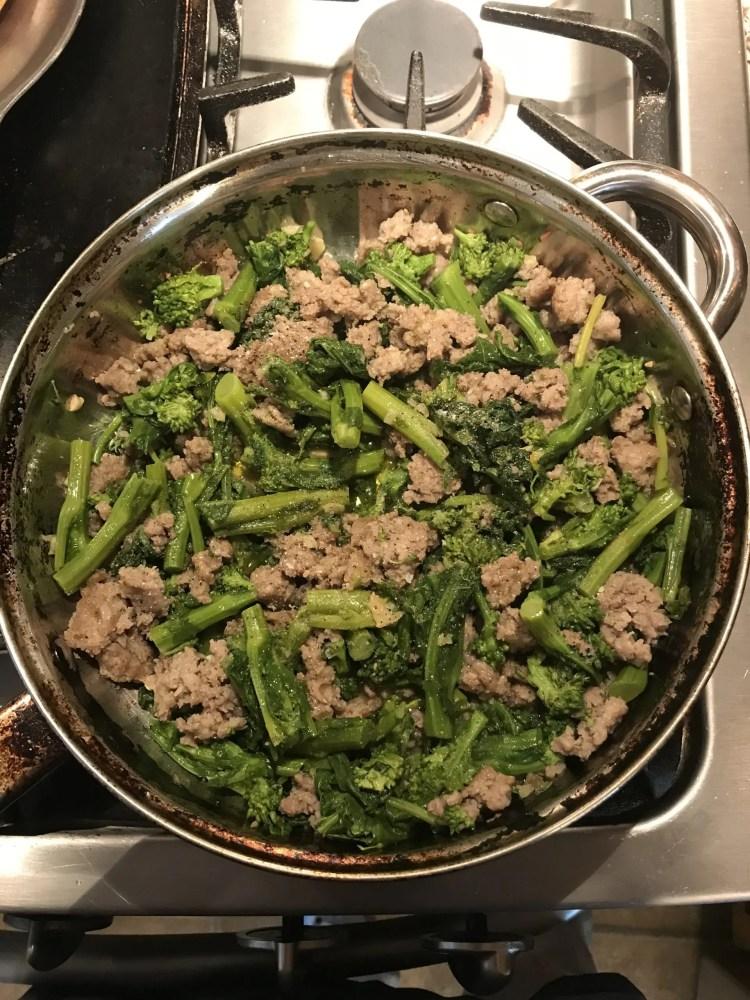 mixed broccoli rabe sausage