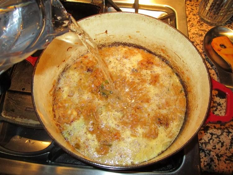 add liquid to vegetarian onion soup