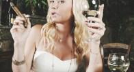 【男子に直撃!】スモーカー女子 VS 酒好き女子、どっちが嫌?
