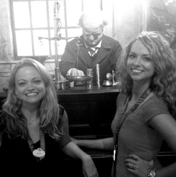 Inside the Gringotts Bank lobby with Rachel