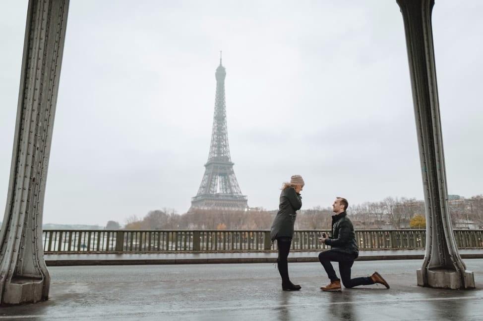 Flytographer surprise proposal Paris