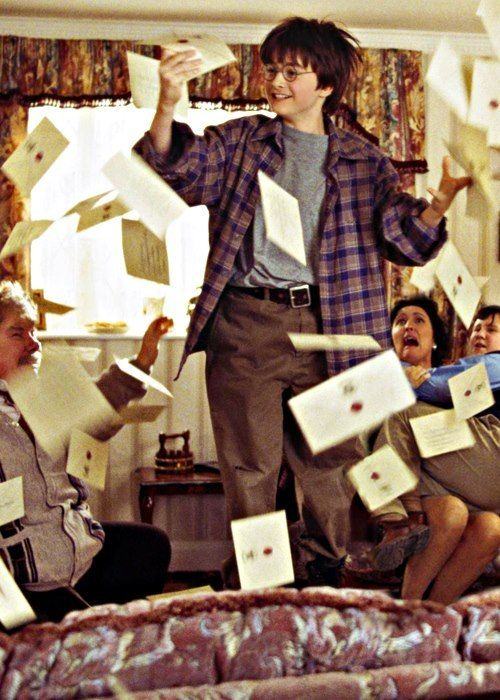 Harry Potter lorsqu'il reçoit sa lettre