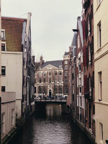Au détour d'une rue à Amsterdam