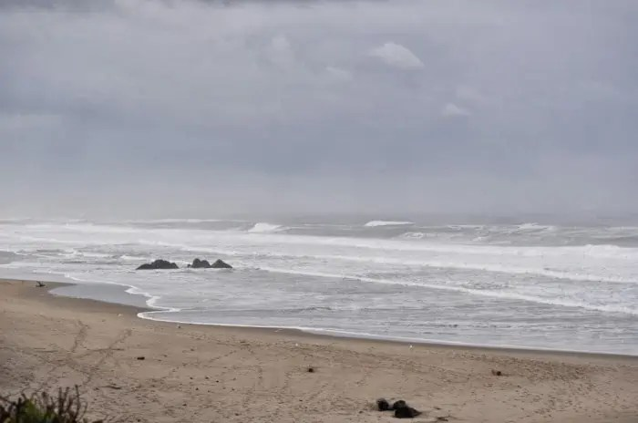 Wordless Wednesday – A Beach Getaway Night