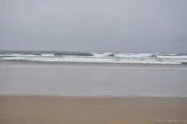 Sunday Beach Trip - Wind and Rain (41)