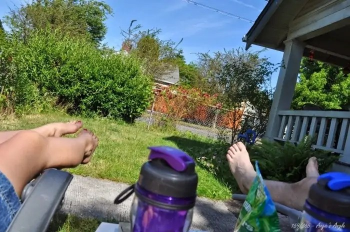 Day-252520159-252520-252520Outside-252520Reading_thumb-25255B7-25255D
