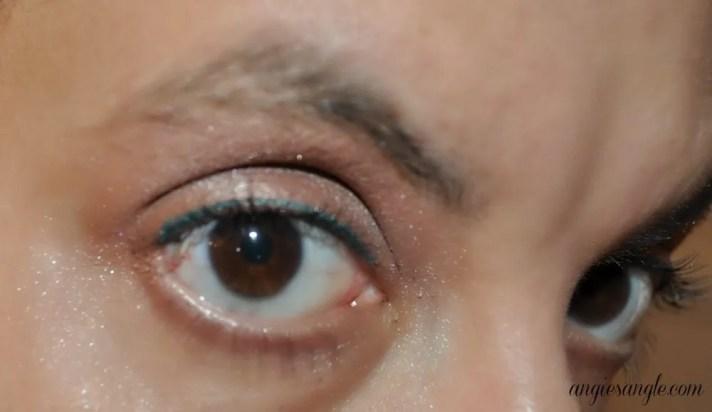 Neutrogena Long Wear Eye Shadow - Close Up Look