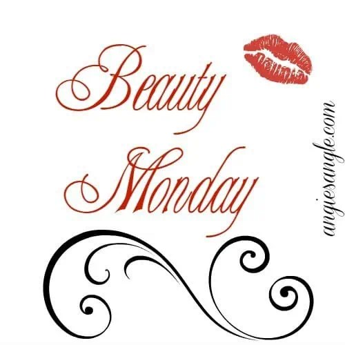 3 Physical Features That Make Me Feel Beautiful #BeautyMonday