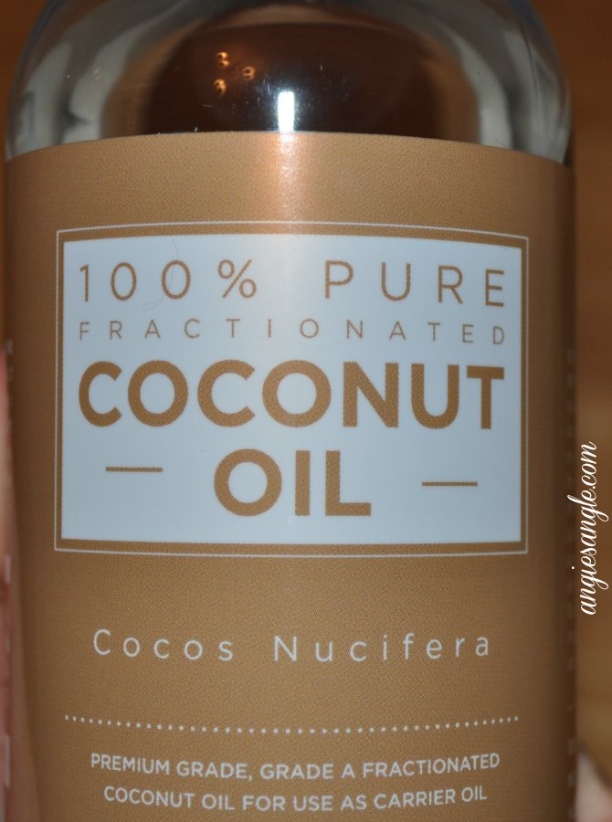 5 Easy Ways on How to Use Fractionated Coconut Oil #CoconutOil