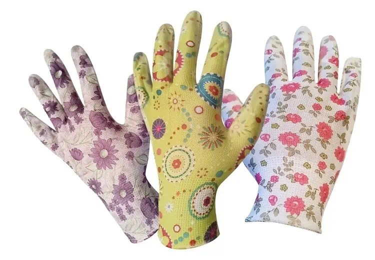 March Into Spring Giveaway - Womans Gardening Gloves