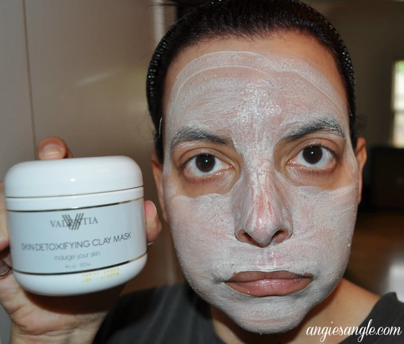 Skin Detoxifying Clay Mask - Mask Applied