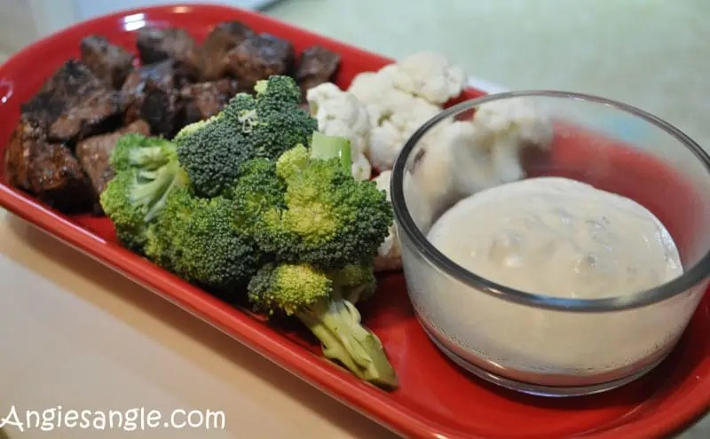 creamy-melted-blue-cheese-with-steak-bites-7