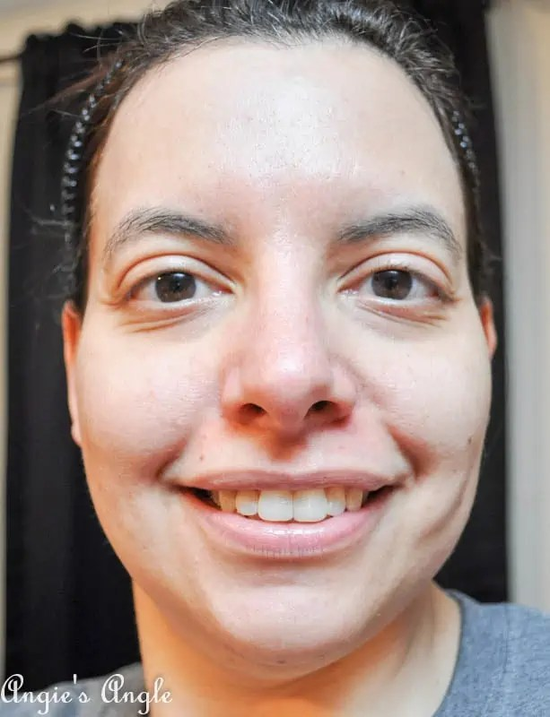 How to Get a Smooth Facial Base-3