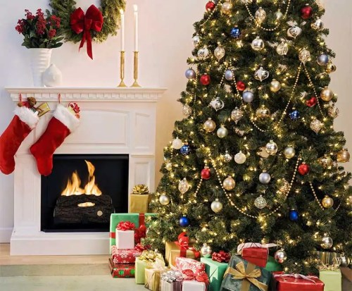 livingroom christmas tree 500x4131 Memories of Christmas