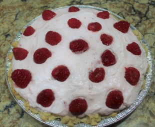 Raapberry Yogurt Pie (2)