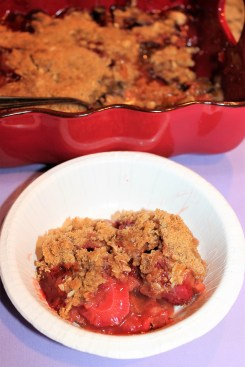 Bowl Strawberry Rhubarb Crunch)