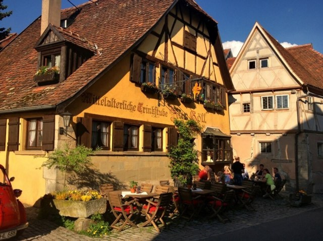"Oldest Guesthouse in Rothenburg ""Zur Höll'"