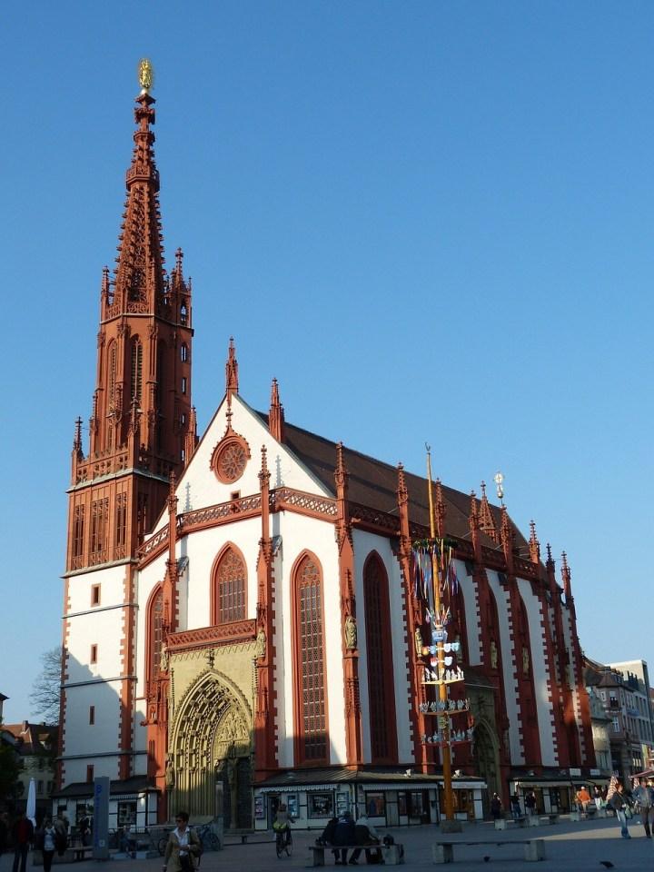 Marienkirche, Wuerzburg, Marktplatz