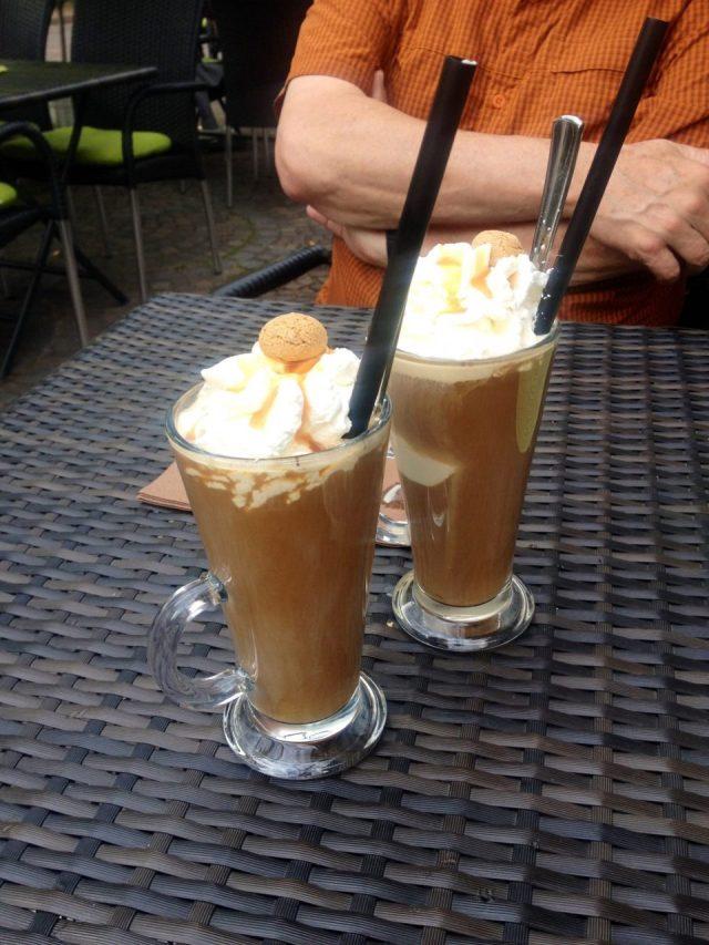 Eis Kaffee, Ice cafe