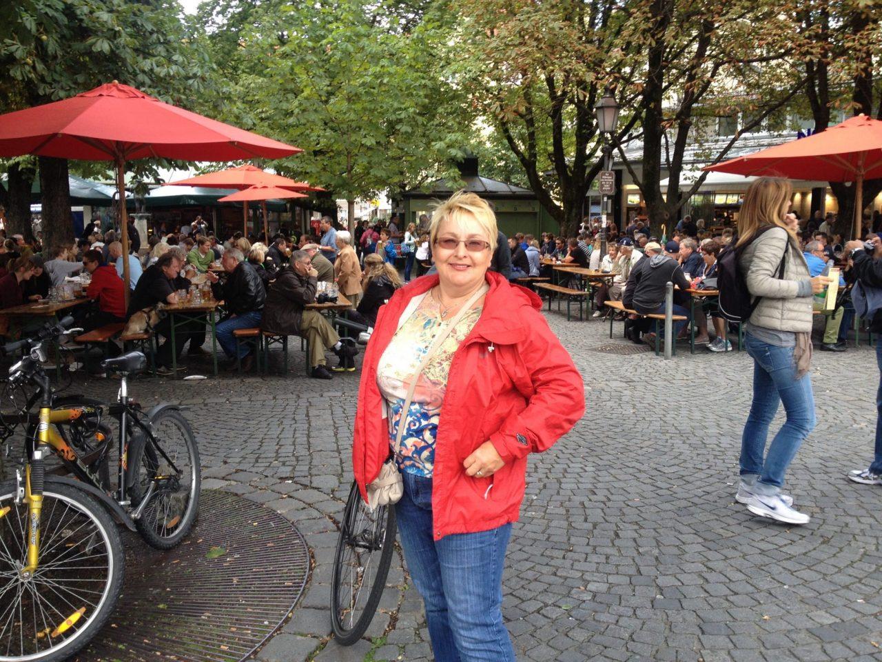 Munich Viktualienmarkt cheese stand