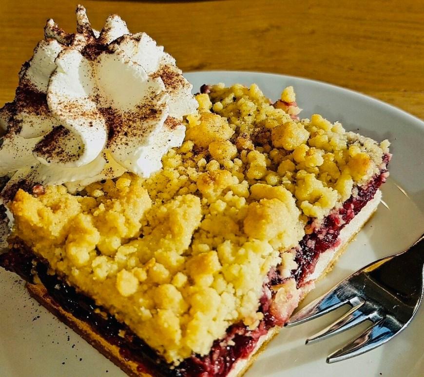 Blueberry Yoghurt Streusel cake