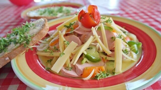 German Wurstsalat, Ham salad with cheese