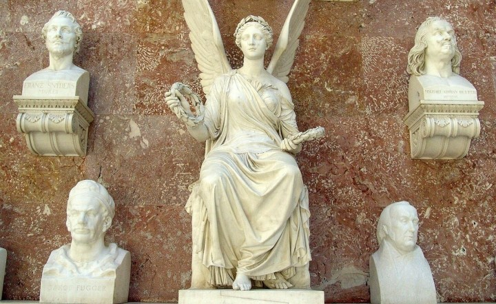 Walhalla memorial interior busts and figurines