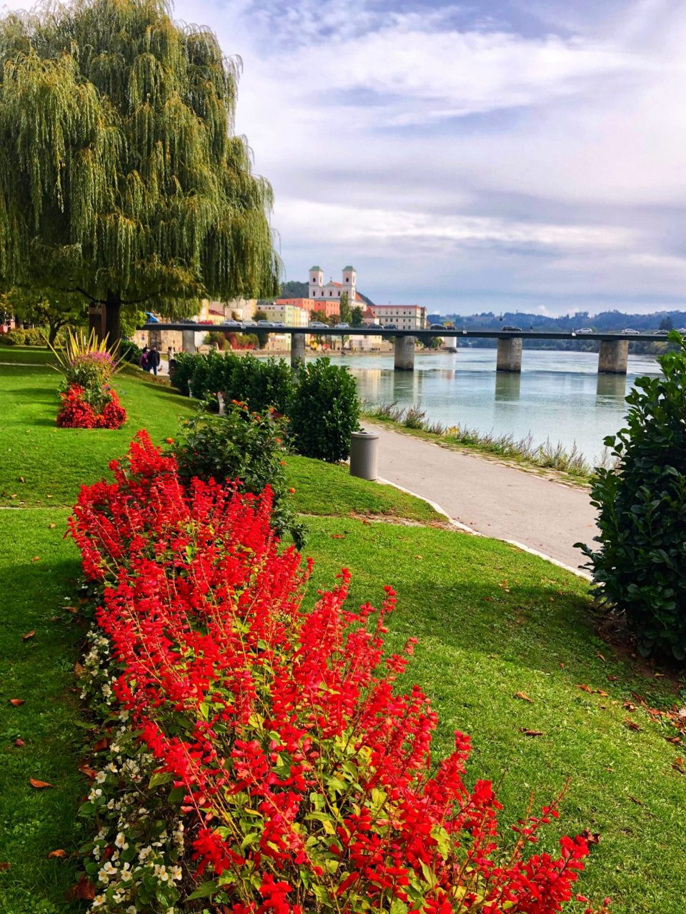 At the banks in Passau, Ufer