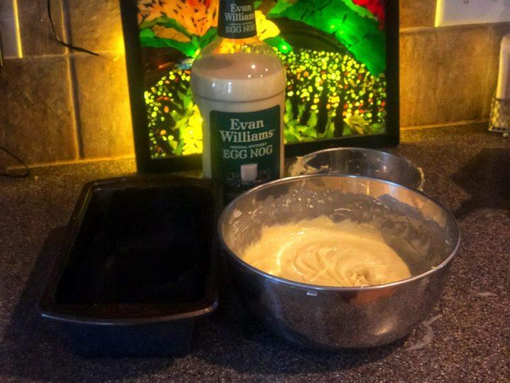 Batter for Egg Liquor cake, Eierlikörkuchen preparation