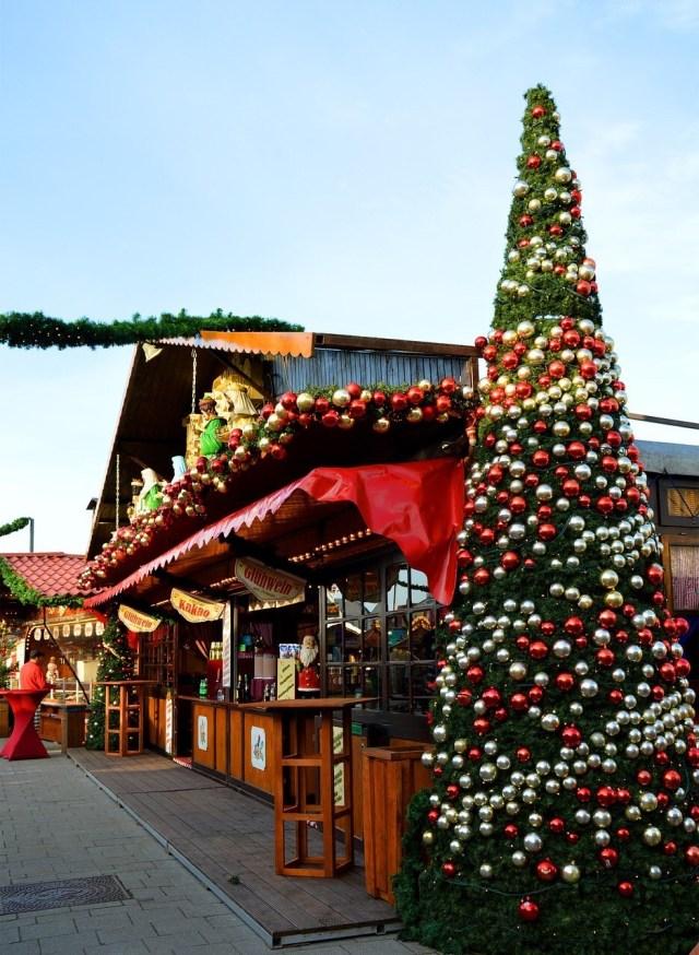 German Christmas market Hut