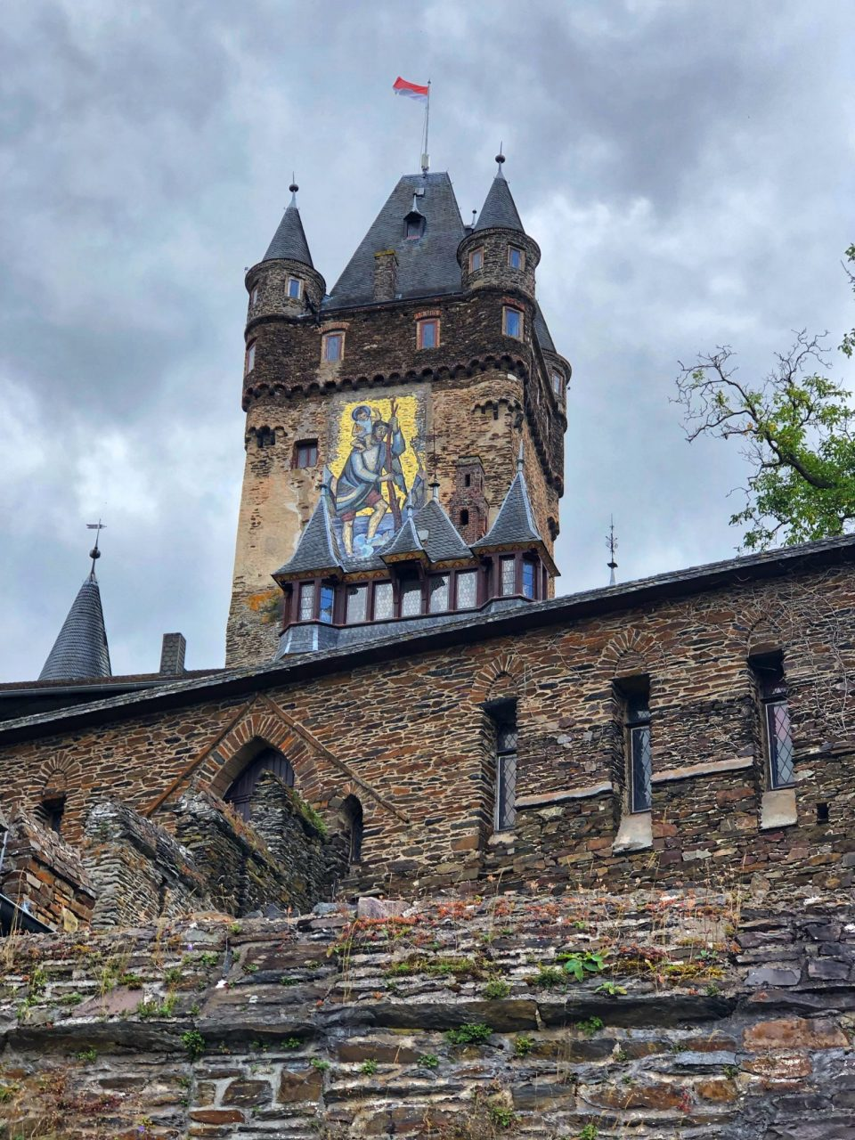 Walking up to Cochem Castle