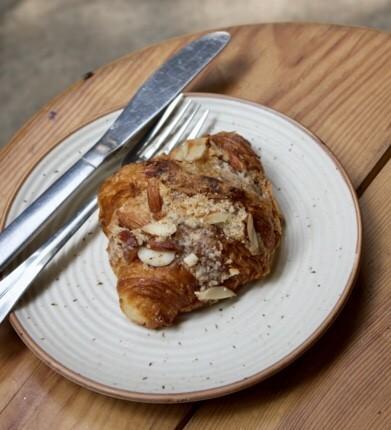 Croissants aux Amandes, Almond Croissant