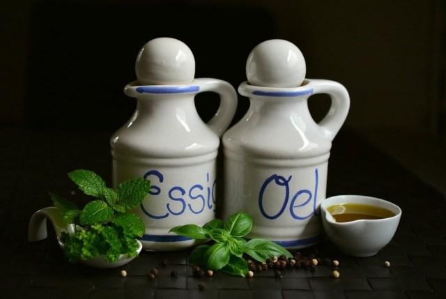 Vinegar and Oil, Essig und öl