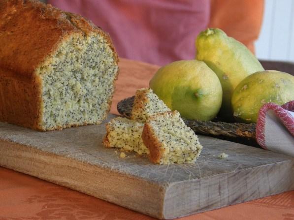 Lemon cake with poppy seeds
