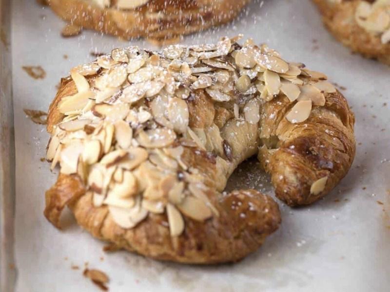 Mandel Hörnchen, Croissant de Amandes