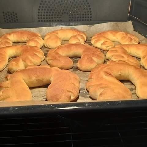 Eierweck, Yeast croissants