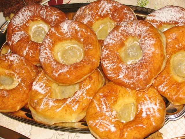 Glazed Auszogne, Bavarian Donut