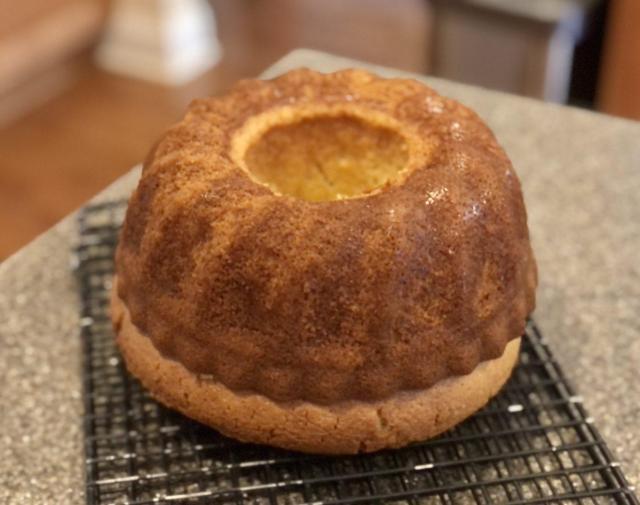 baked Eggnog liquor cake