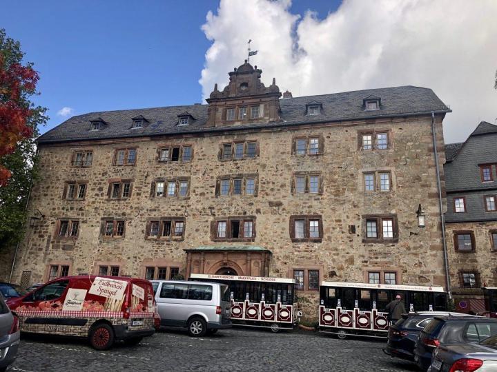 Marburg castle Trolley stop