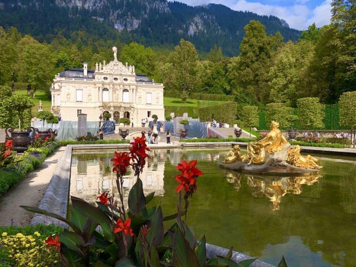 Linderhof Castle with Garden