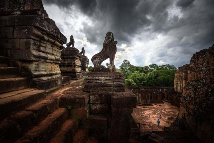 lion_temple_angkor