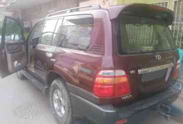 VENDE-SE TOYOTA LAND CRUISER V8 DE 2001