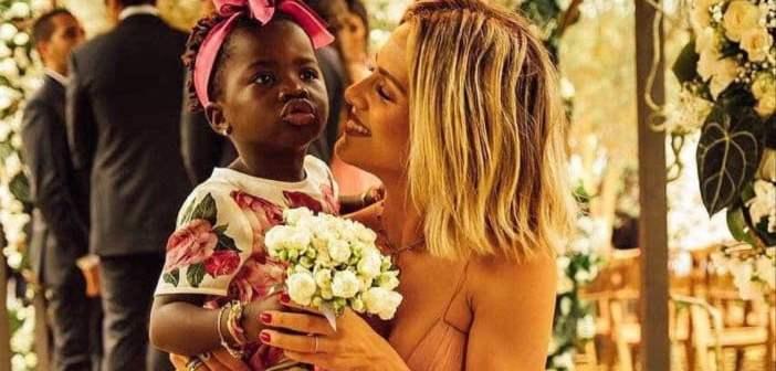 """Sobre a maternidade Giovanna Ewbank diz:- """"Em um ano, parece que envelheci dez"""""""