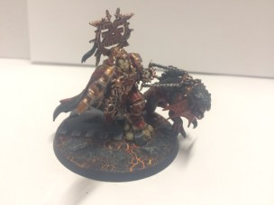 Just for show, here is the head of them all: my Mighty Lord of Khorne. Custom based and ready to take skulls for the skull throne.