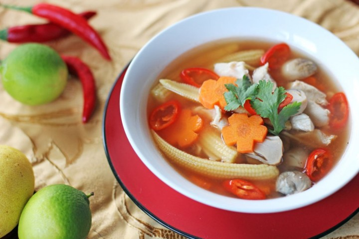 Tom Yum Gai Wide