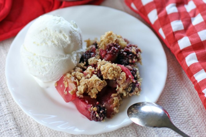 Apple and Mixed Berry Crumble Wide