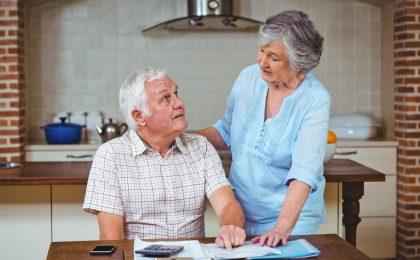 Für Senioren stellen die laufenden Tilgungen für Haus oder Wohnung eine erhebliche finanzielle Belastung dar. Dennoch wollen sie dort wohnen bleiben. Möglich wird dies durch eine Immobilien-Leibrente.